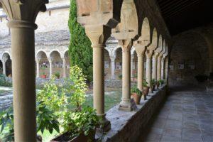 claustro-de-la-catedral-de-roda-de-isabena